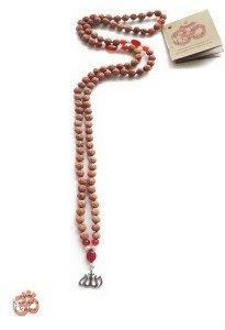TB2 LA collier Rudraksha Religion musulman Allah
